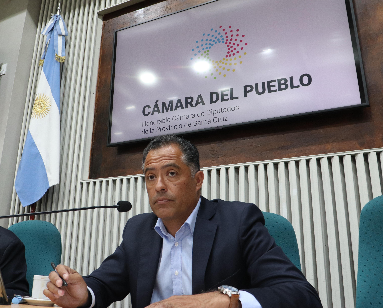 La sesión la encabezó Eugenio Quiroga.