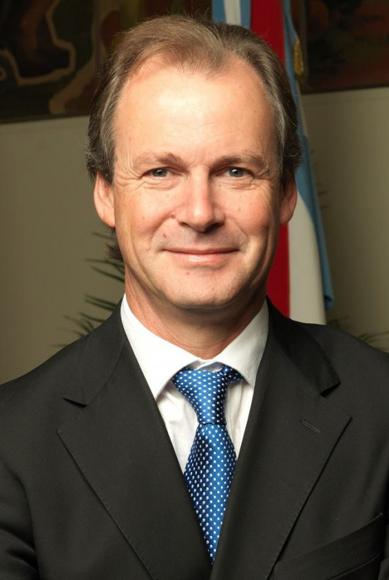 Gustavo Bordet, de Entre Ríos.