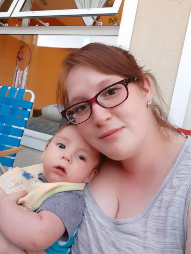 'Ya no es un chiquito', dijo entre risas Laura sobre su bebé Lionel. Ambos superaron el coronavirus.