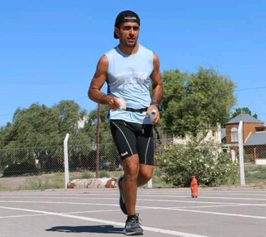 Sergio Robles, ultra maratonista de Caleta Olivia.