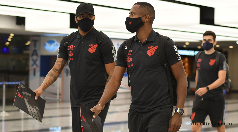 Así llegó el equipo brasilero a Buenos Aires.