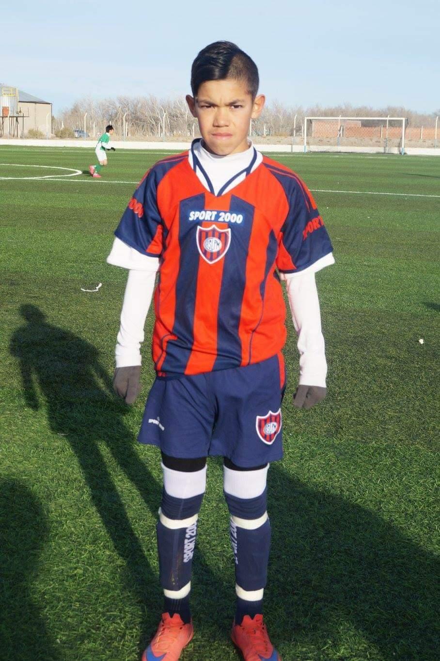 Juan Gauto, actual jugador de Huracán, se formó en el club.
