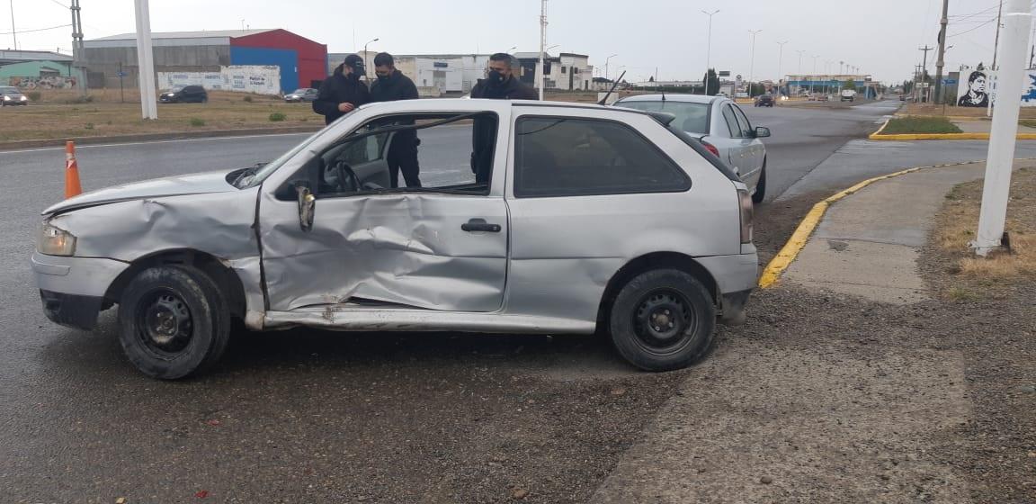 El Gol fue uno de los autos afectados. FOTO: JOSÉ SILVA/LA OPINIÓN AUSTRAL