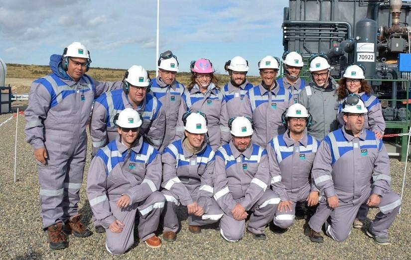En febrero la gobernadora recorrió junto al presidente de CGC, Hugo Eurnekian, la obra de almacenamiento de gas.