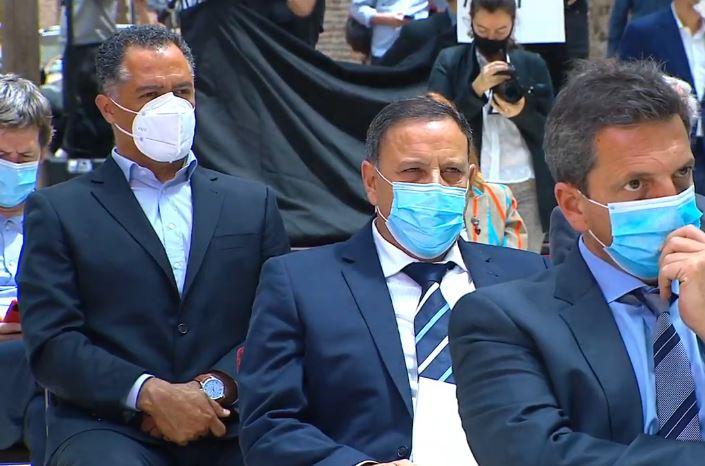 El vicegobernador Quiroga presente en el acto en Casa Rosada.