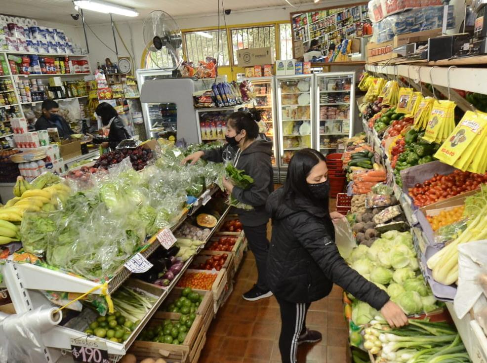 La inflación no descansa en las verdulerías. FOTO: JOSÉ SILVA/LA OPINIÓN AUSTRAL