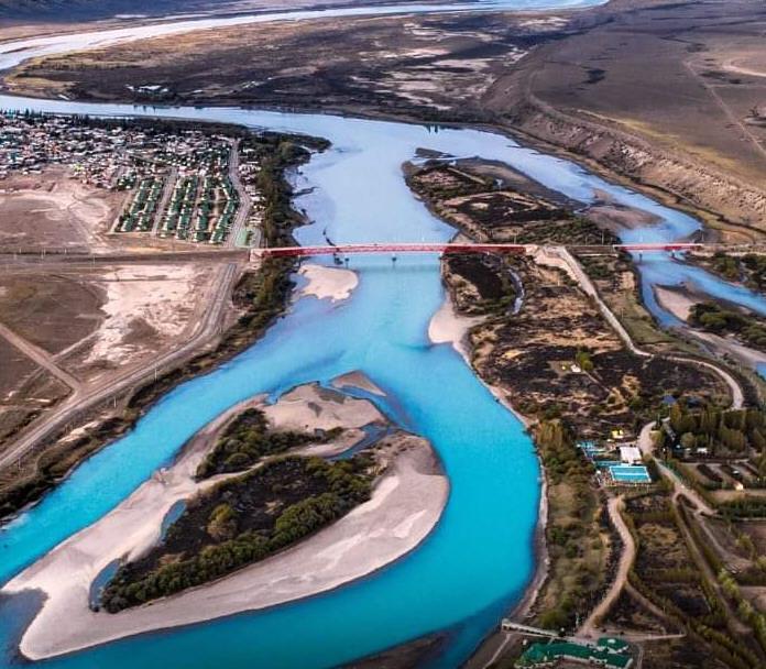 El Río Santa Cruz desde arriba.