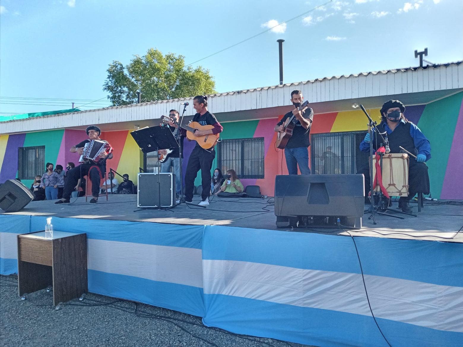 Los músicos locales se dieron cita en la jornada folclórica. Foto: Centro Cultural Orkeke