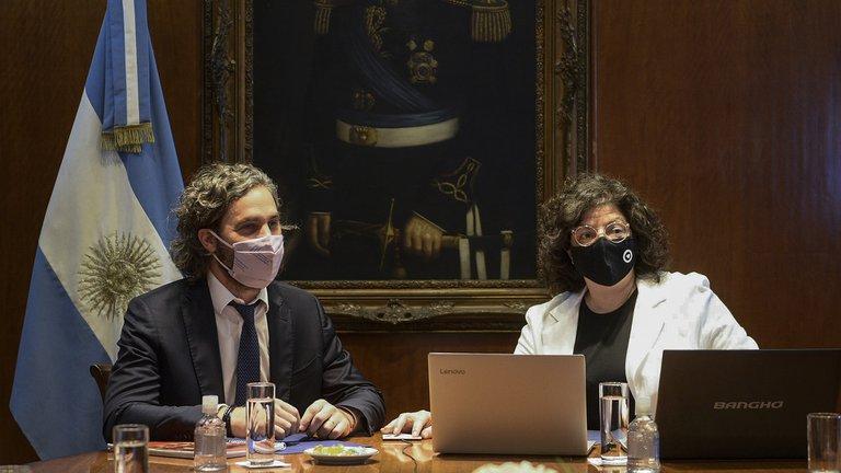 Vizzotti junto al jefe de Gabinete Santiago Cafiero.
