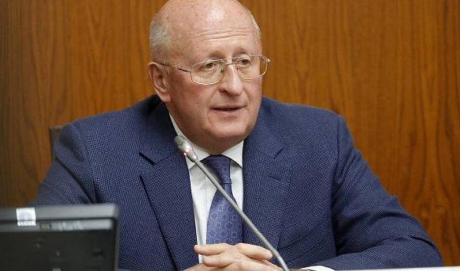 Alexander Guíntsburg