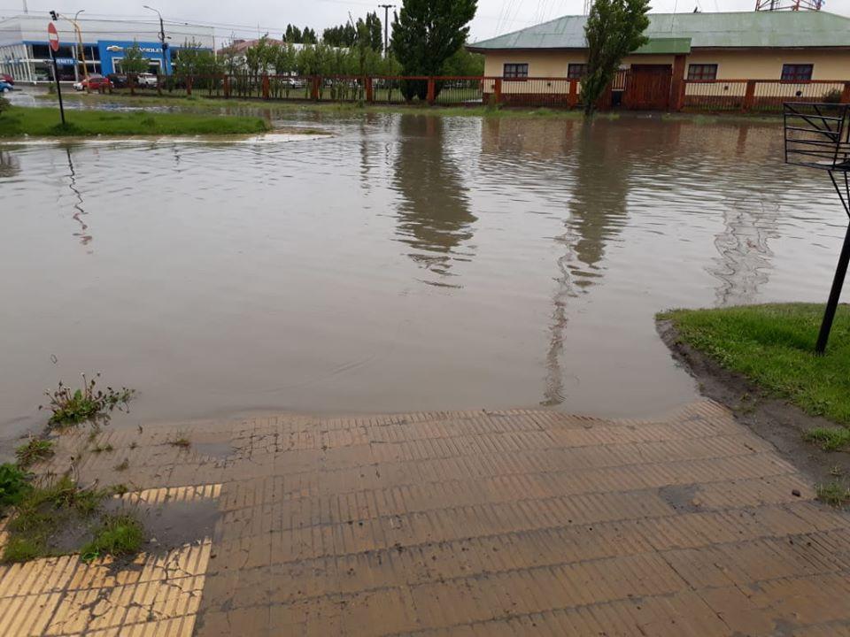 Calle Mendioroz, completamente inundada, en el año 2019. Foto archivo LOA.