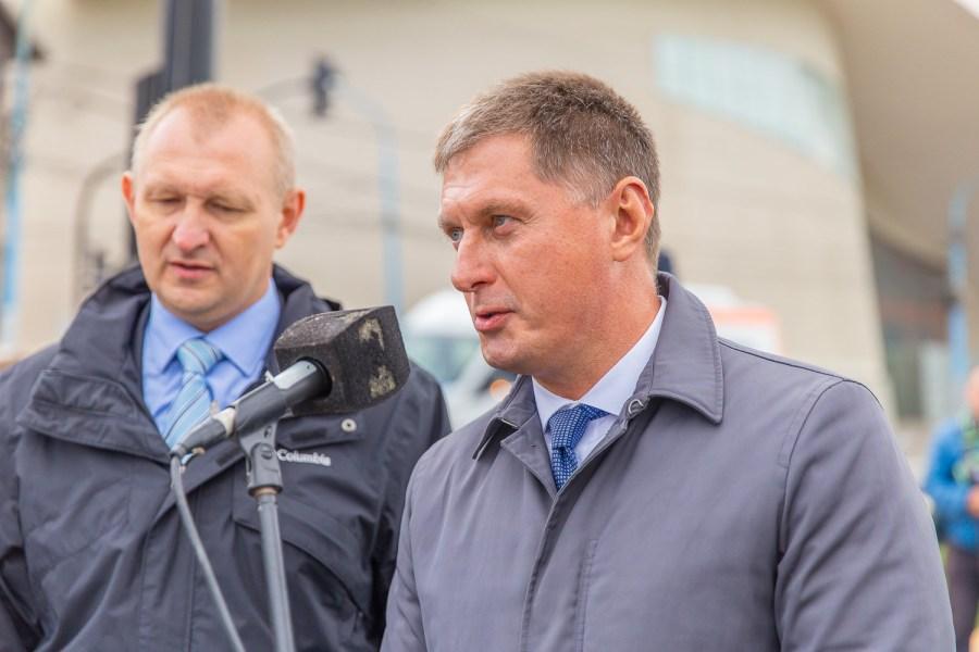 El Embajador de la Federación de Rusia en Argentina Dmitry Feoktistov en febrero de 2020 durante la ceremonia que se realizó en Homenaje a los Héroes caídos en el conflicto del Atlántico Sur de 1982 en la Plaza Islas Malvinas de la Ciudad de Ushuaia, Tierra del Fuego.