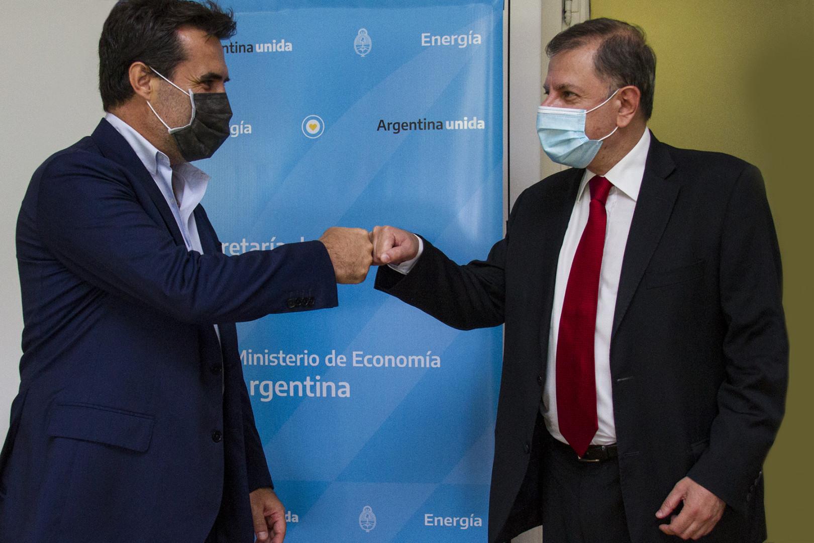El 25 de febrero el secretario de Energía, Darío Martínez, mantuvo un encuentro con el embajador argentino en la Federación Rusa, Eduardo Zuain, en donde analizaron diversas posibilidades de intercambio comercial en materia energética entre ambos países.