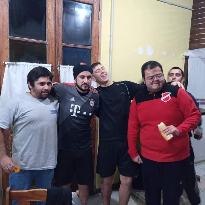 Con sus compañeros Alexis Cárdenas, Fernando Paz, Hugo Quintoman y Emanuel Taborda.