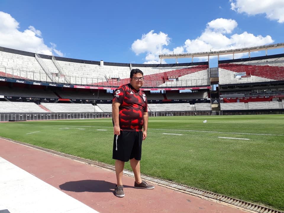 Mauricio en el Estadio Monumental.