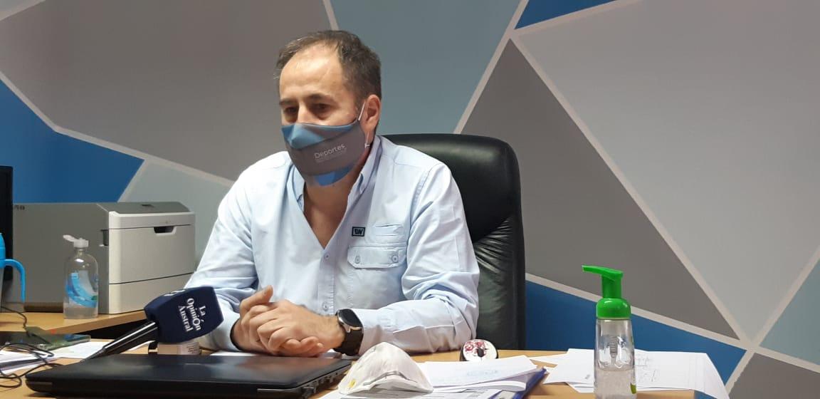 Martín López, secretario de Estado de Deportes y Recreación de Santa Cruz. Foto: José Silva/La Opinión Austral