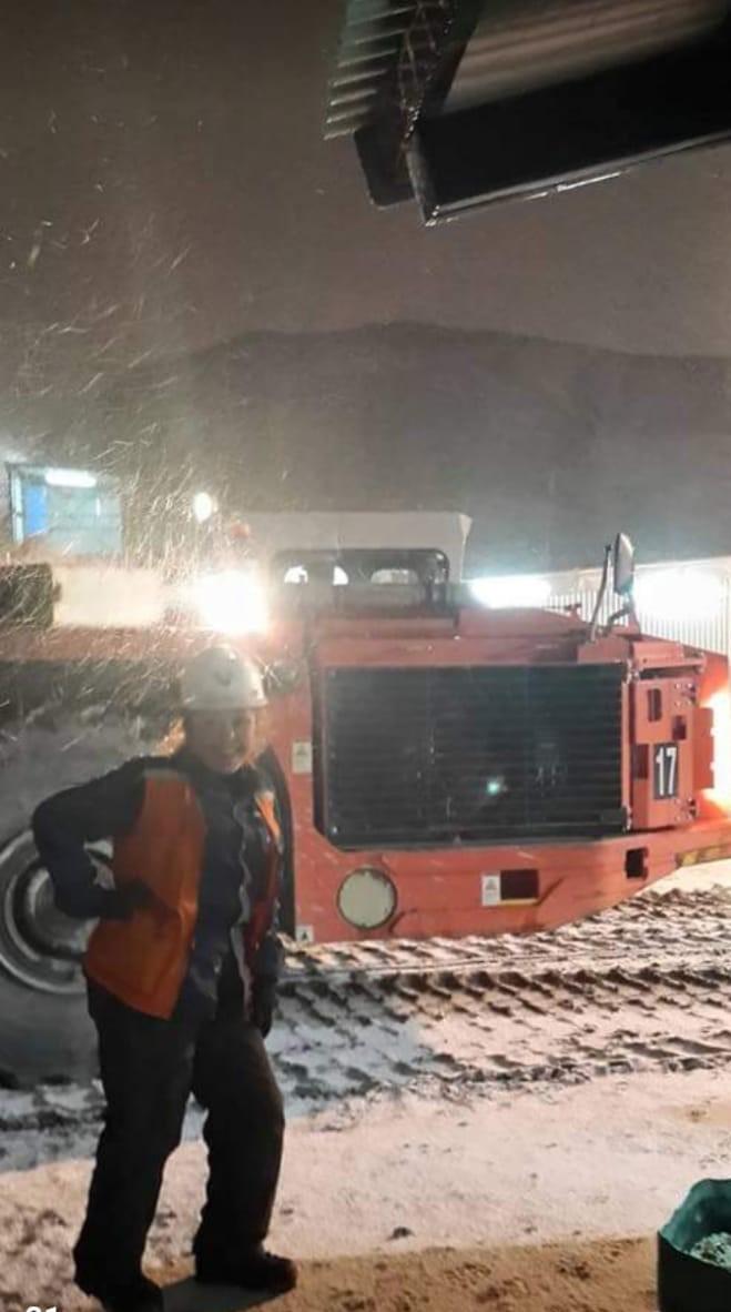 """""""Fue lo que mejor me pasó después de mis tres hijos"""", reconoce la primera mujer minera de Santa Cruz. FOTO: ARCHIVO A.A."""