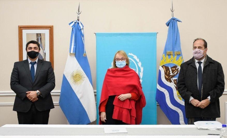 Lisandro de la Torre recorrió la provincia con el funcionario nacional y le dieron los detalles a la Gobernadora.
