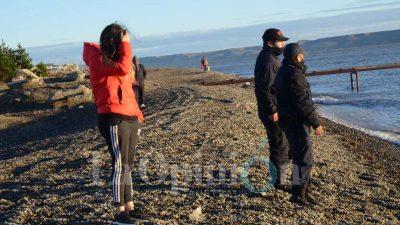 Rocío González y su familia acompañaron a las fuerzas de seguridad en la búsqueda FOTOS: JOSÉ SILVA/LA OPINIÓN AUSTRAL