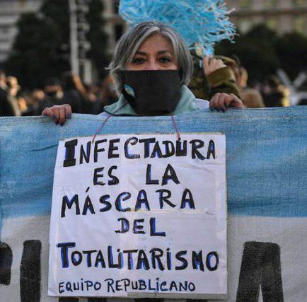 'Totalitarismo', 'libertad' o 'República' en el vocabulario negacionista.